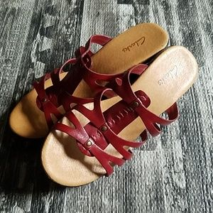 Clark's Slip on Sandals size 8.5M red leather